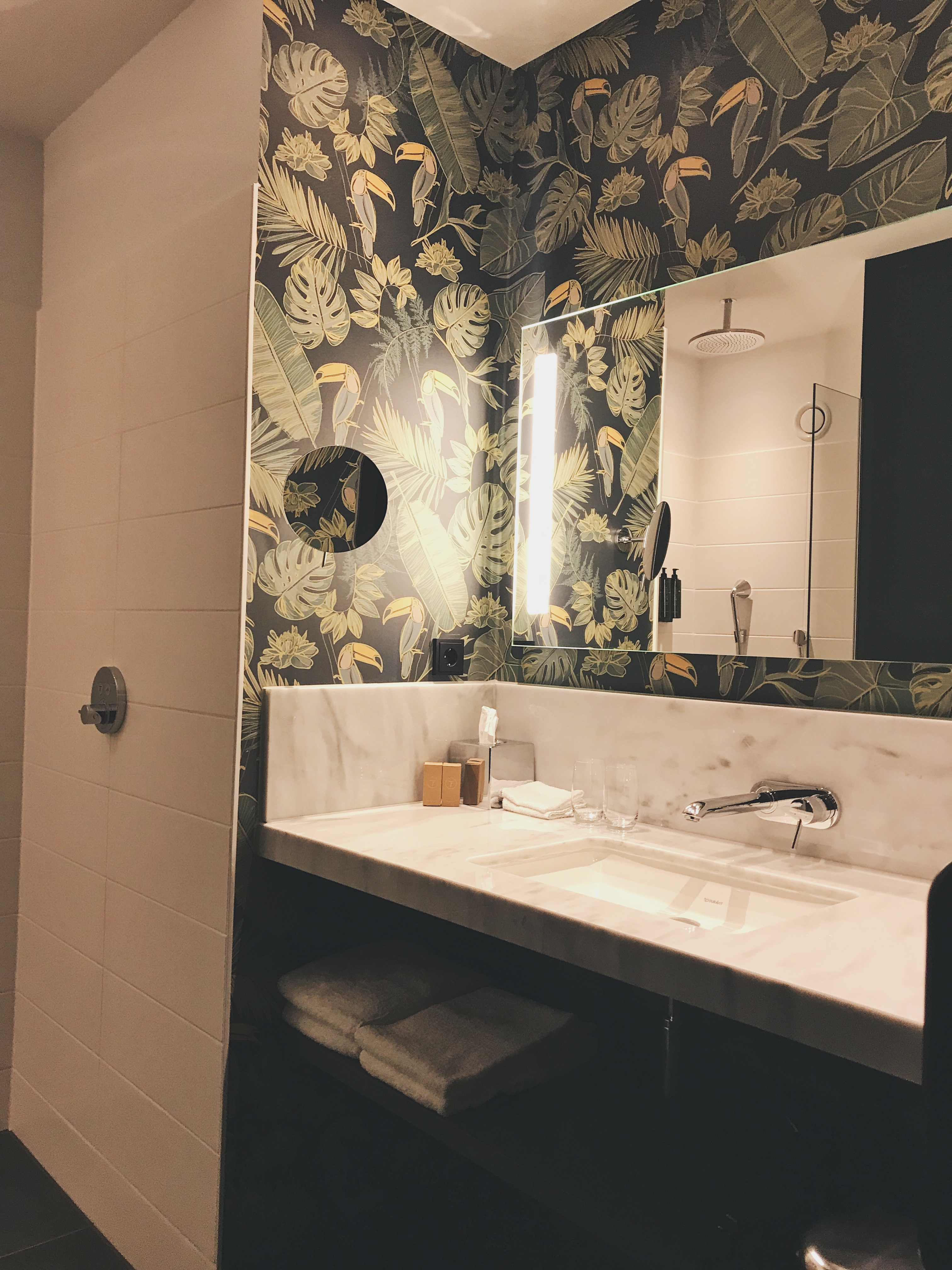 Van der Valk hotel - Bathroom