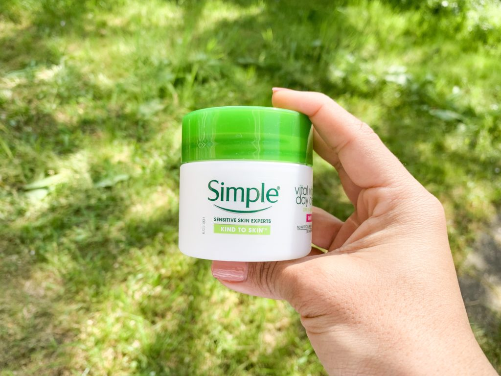Simple Vitamin day cream