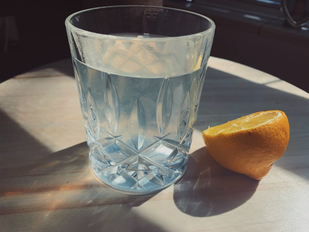 Lemon hot water